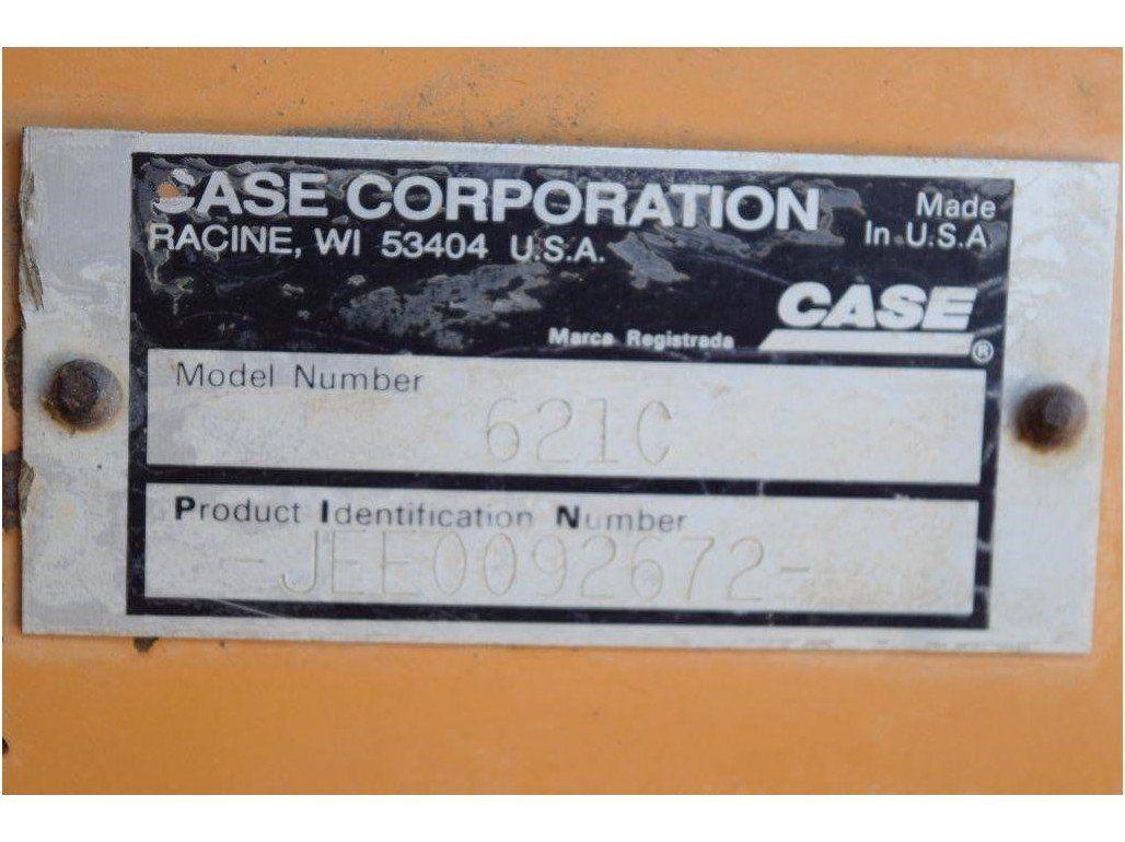 1999 CASE 621C