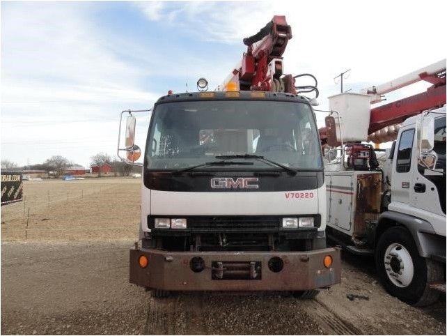 2000 GMC T7500