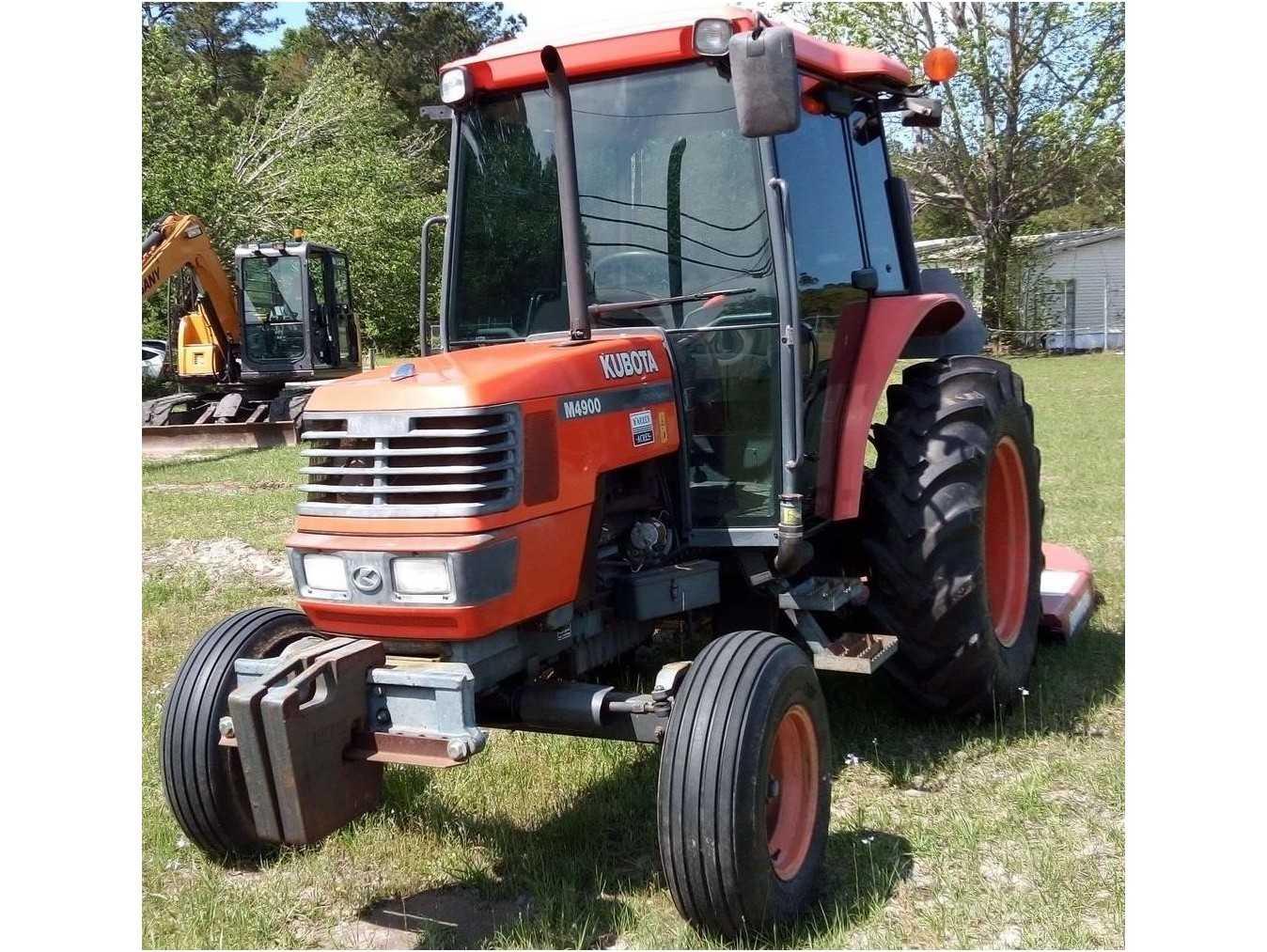 2000 KUBOTA M4900