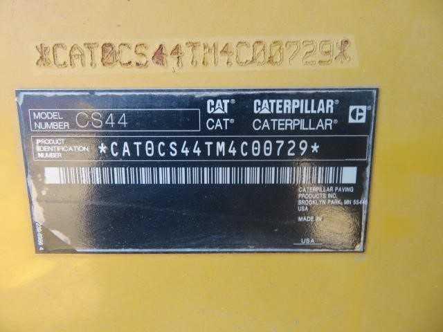 2015 CATERPILLAR CS-44