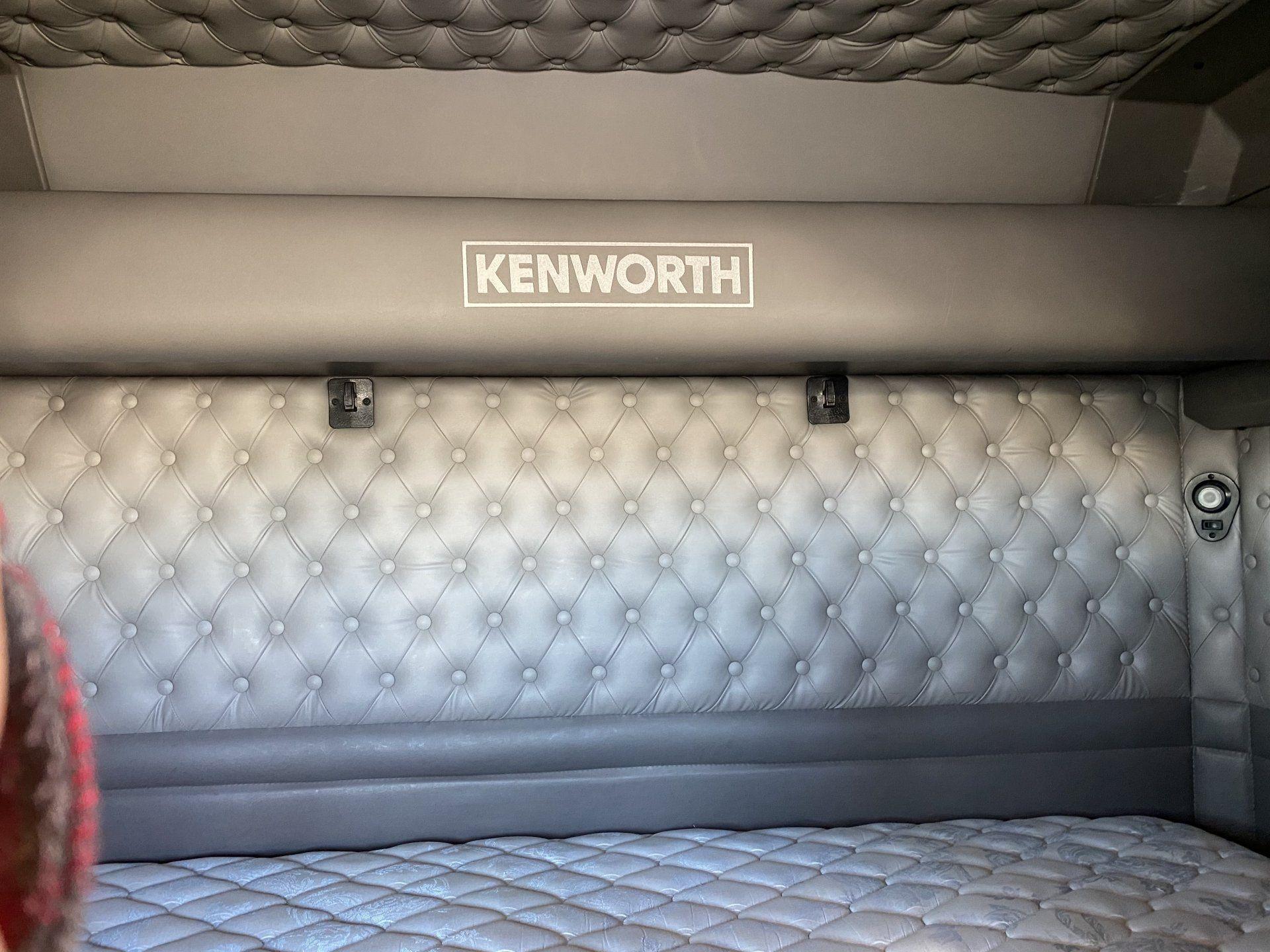 2015 KENWORTH W-900-L